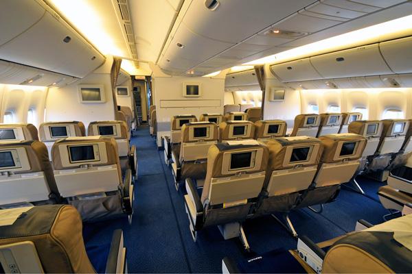 Commercial Aviation Boeing 777 Boeing 777 200er